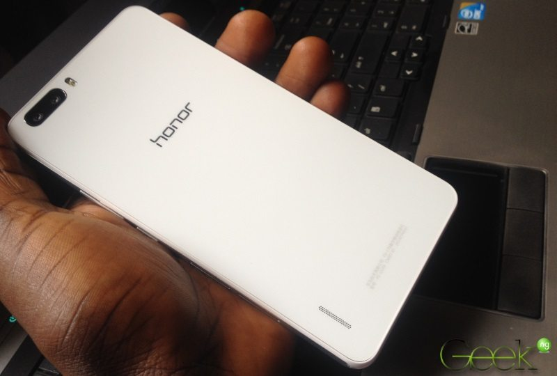 Huawei honor 6 Plus - back