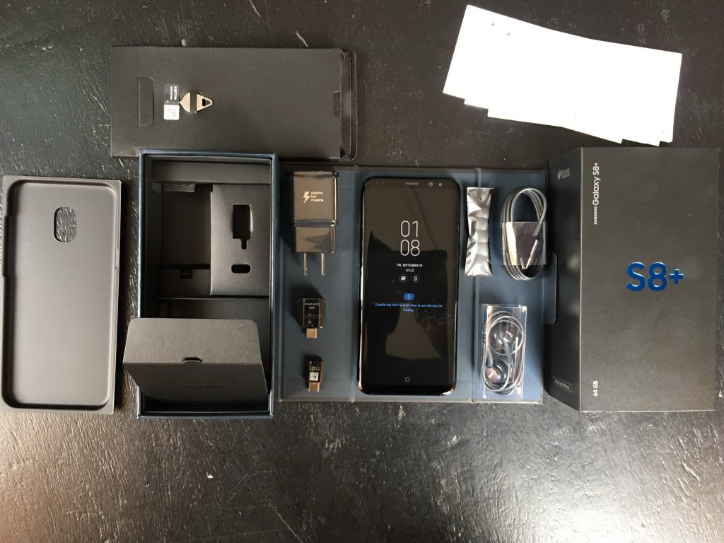 Samsung Galaxy S8+ unboxed
